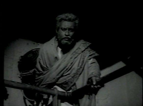 old man Guru Dutt Kaagaz Ke Phool 7