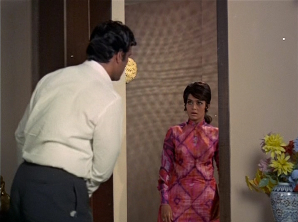 Asha Parekh in Caravan 54
