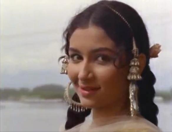 Sharmila Tagore Kashmir ki Kali
