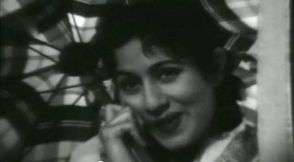 Madhubala in Mr. and Mrs. 55 Thandi Hawa