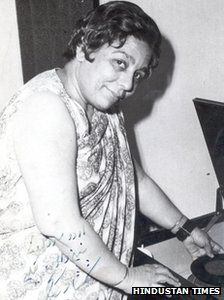 Shamshad Begum Bollywood playback singer
