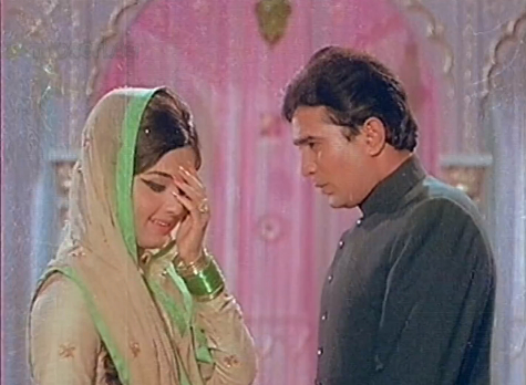 Leela Chandavarkar and Rajesh Khanna in Mehboob Ki Mehndi 1971