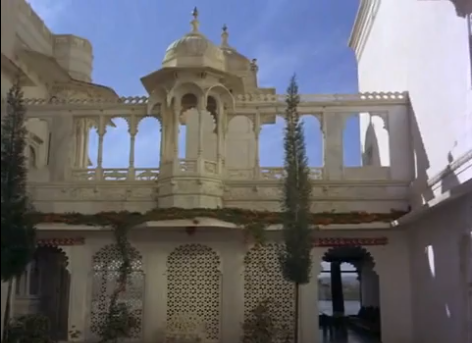 Mera Saaya (1966) contains some beautiful shots of the Lake Palace in Udaipur, Rajasthan