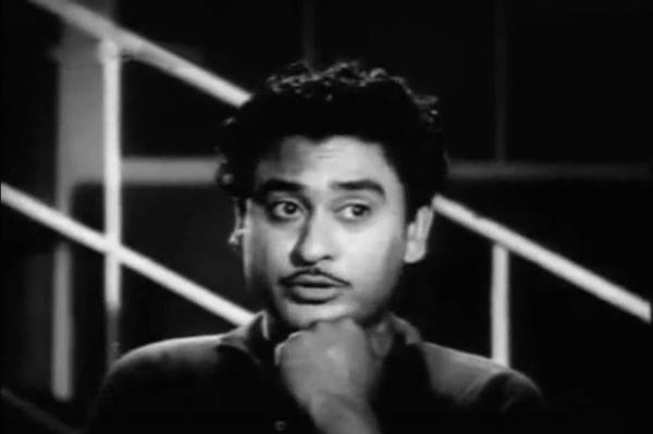 Kishore Kumar bashful ek ladki bheegi bhagi si
