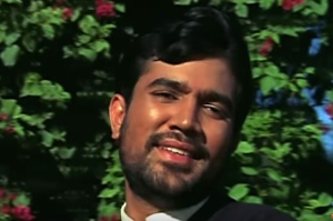 Rajesh Khanna Do raaste beard.jpg
