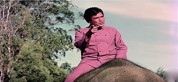 Rajesh Khanna riding an elephant in haathi mere saathi.jpg