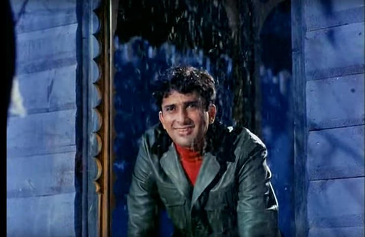 Shashi Kapoor gazes at the snowstorm in Sharmilee.png