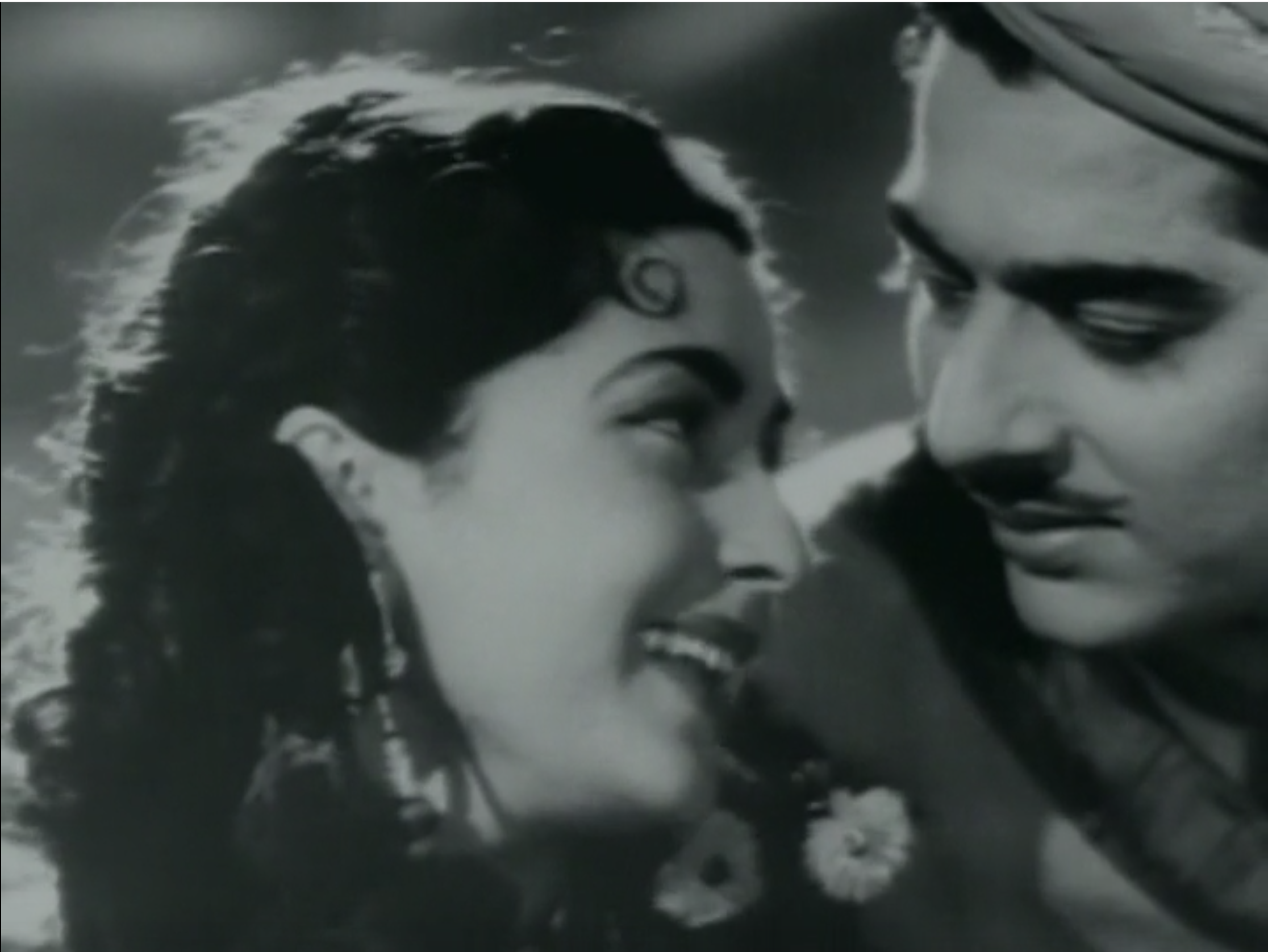 Pradeep Kumar and Bina Rai star in Anarkali 1953.png