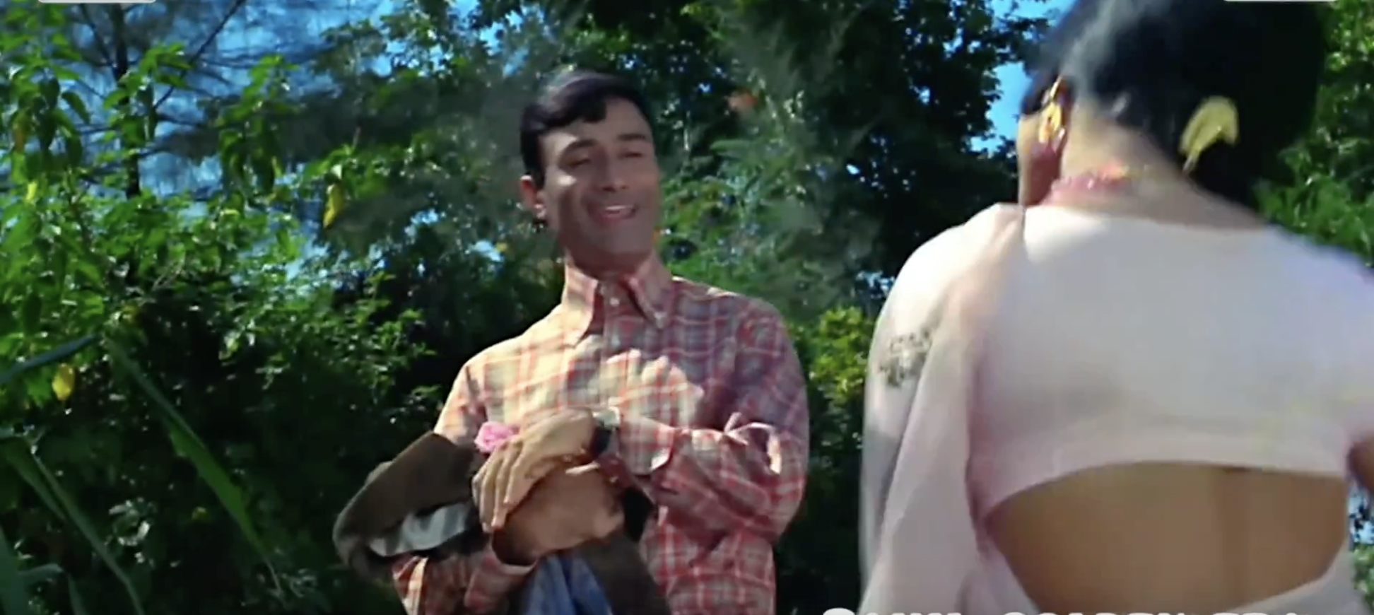 Playful Dev Anand Jewel Thief